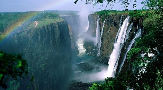 世界最大ヴィクトリアの滝