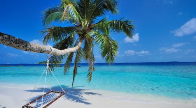 圧倒的に青い海のモルディブ